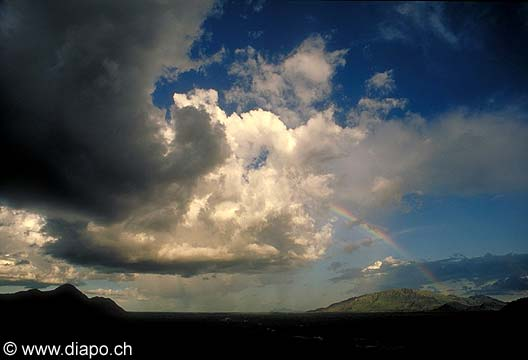 3550 - Nord Cameroun - ciel un nuage...