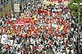1043 - Genève le 1er juin à 10 h. 30, le départ de la manifestation a été donné,avec plus de 10'000 personnes