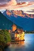 10668 - photo: Suisse, Château de Chillon, lac Léman et Les Dents du Midi