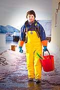11084 - Photo :  Norvège,  Arctique, îles Lofoten, la pêche aux Skrei  un cabillaud pas comme les autres, enfant de pêcheur