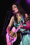 12598 - 33em Paléo festival de Nyon - Yael Naim - 2008, Photo de musique, spectacle et concert