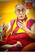 12645 - Photo: Tenzin Gyatso, le dalaï-lama, le plus haut chef spirituel du Tibet à Lausanne en Suisse