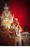 12695 - Photo: Tenzin Gyatso, le dalaï-lama, le plus haut chef spirituel du Tibet à Lausanne en Suisse