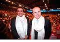 12702 - Photo: Philippe Leuba et Pascal Broulis à la conférence de Tenzin Gyatso, le dalaï-lama, le plus haut chef spirituel du Tibet à Lausanne en Suisse