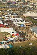 4231 - Photo : Paléo festival 2004 - vue aérienne