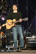 4337 - Photo : Paléo festival 2004 - Stephan Eicher
