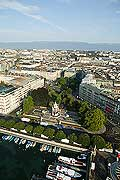 4426 - La ville de Genève vue du ciel
