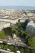 4427 - La ville de Genève vue du ciel