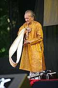 7713 - Photo de musique, spectacle et concert : Ravi Shankar - Paléo festival de Nyon - 2005