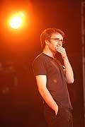 7723 - Photo de musique, spectacle et concert : Vincent Delerm au Paléo festival de Nyon - 2005