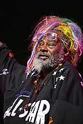 7869 - Photo de musique, spectacle et concert : George Clinton au Paléo festival de Nyon - 2005