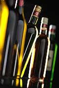 8595 - Bouteilles de vins en studio