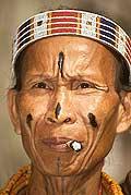 9428 - Photo : Hommes-fleurs, Mentawais, île de Siberut, Indonésie