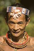 9436 - Photo : Hommes-fleurs, Mentawais, île de Siberut, Indonésie