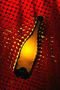 9624 - Photo : bouteilles de vins, bouchons - bottles wines