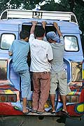 9823 - Photo : Philippines, Cebu, Jeepney - Asie, Asia