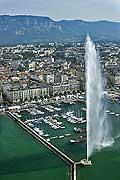 9870 - Photo : Suisse - ville de Genève - jet d'eau  - lac Léman - Geneva
